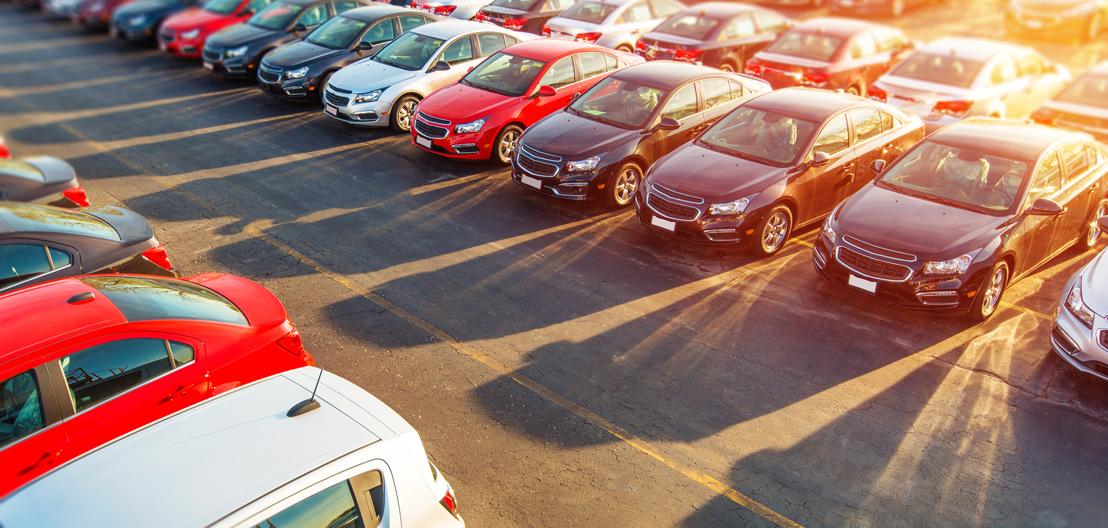 Vendas de carros zero para o consumidor fecham 2017 com leve queda